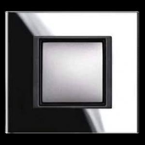Unica_Class_black-mirror-1810